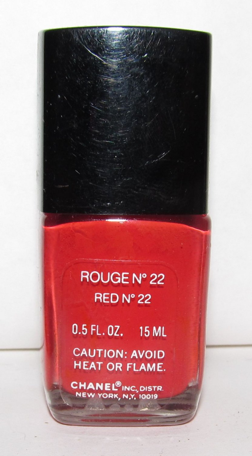 CHANEL Nail Polish - Rouge N°  22 (Red N° 22)- VHTF - RARE