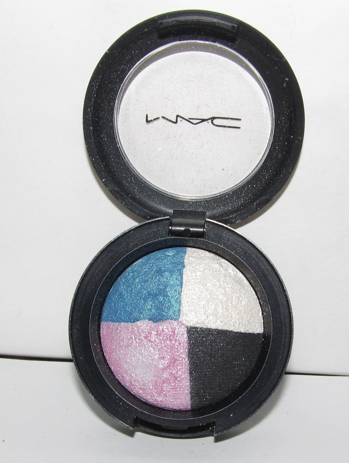 MAC Eye Shadow - Fashion Patch