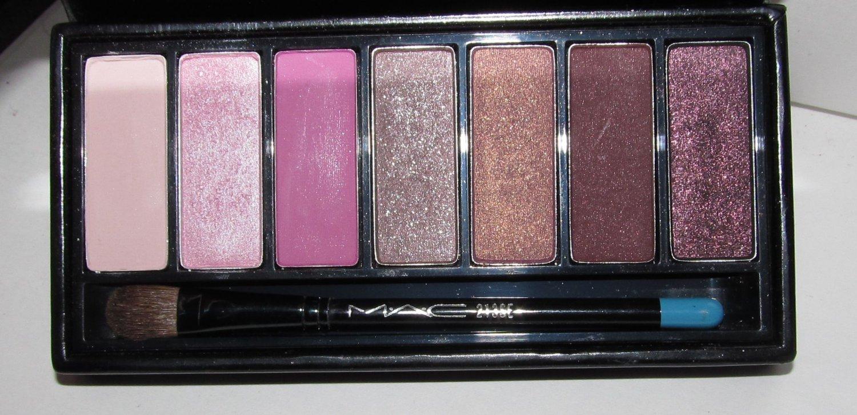 MAC - 7 Eyes: Pink  Palette - HTF Japanese Label