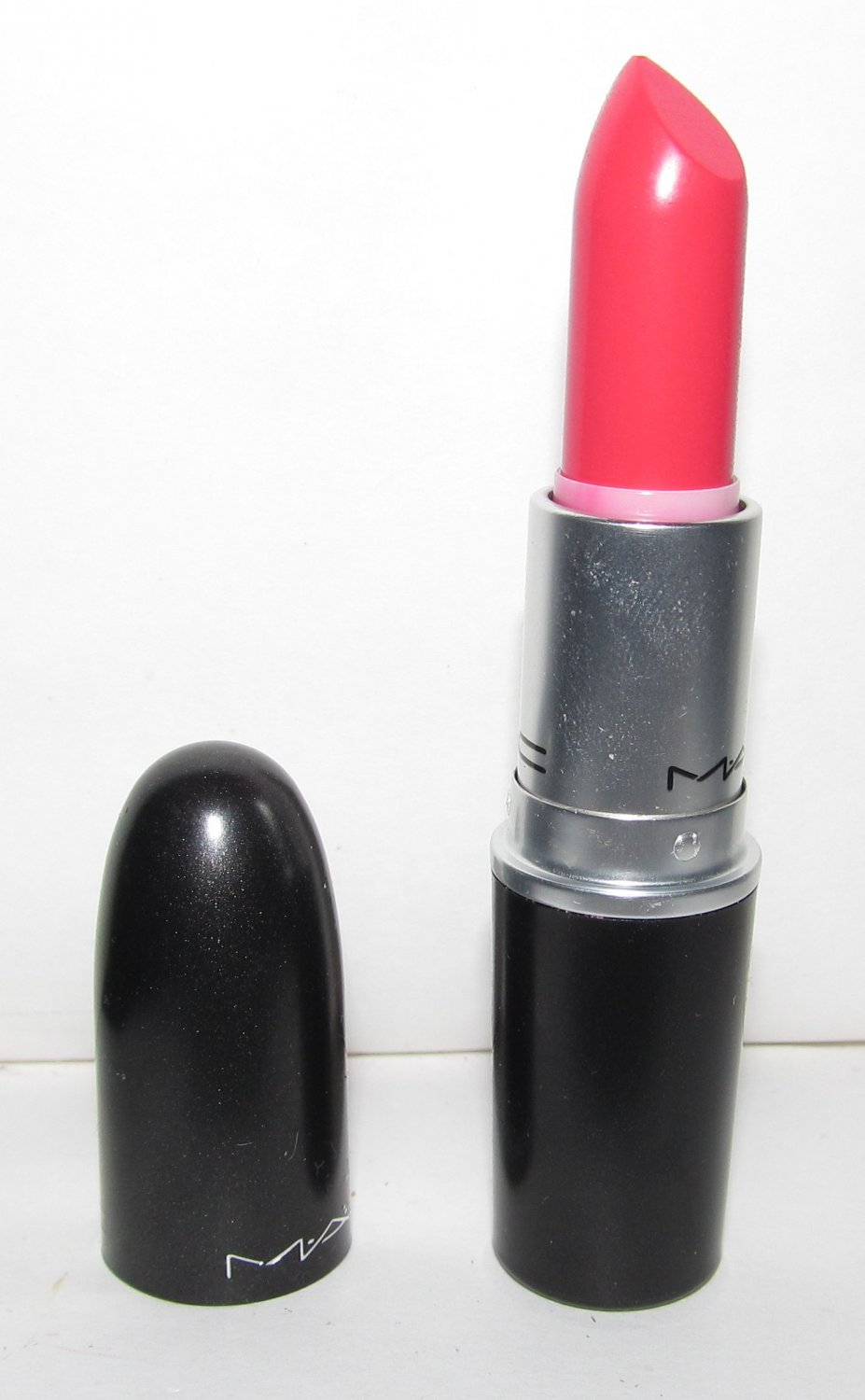 MAC Matte Lipstick - Impassioned - NEW