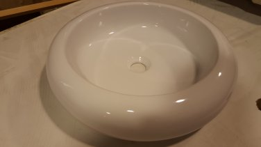 *Ron Bow White Round Vessel Sink