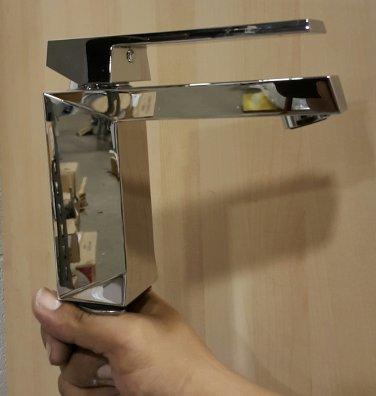 *Bongio Stealth Single-Hole Polished Chrome Faucet
