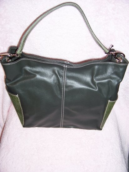 GENUINE LEATHER ITALIAN-MADE DESIGNER HANDBAG by REGINA, RET. $150