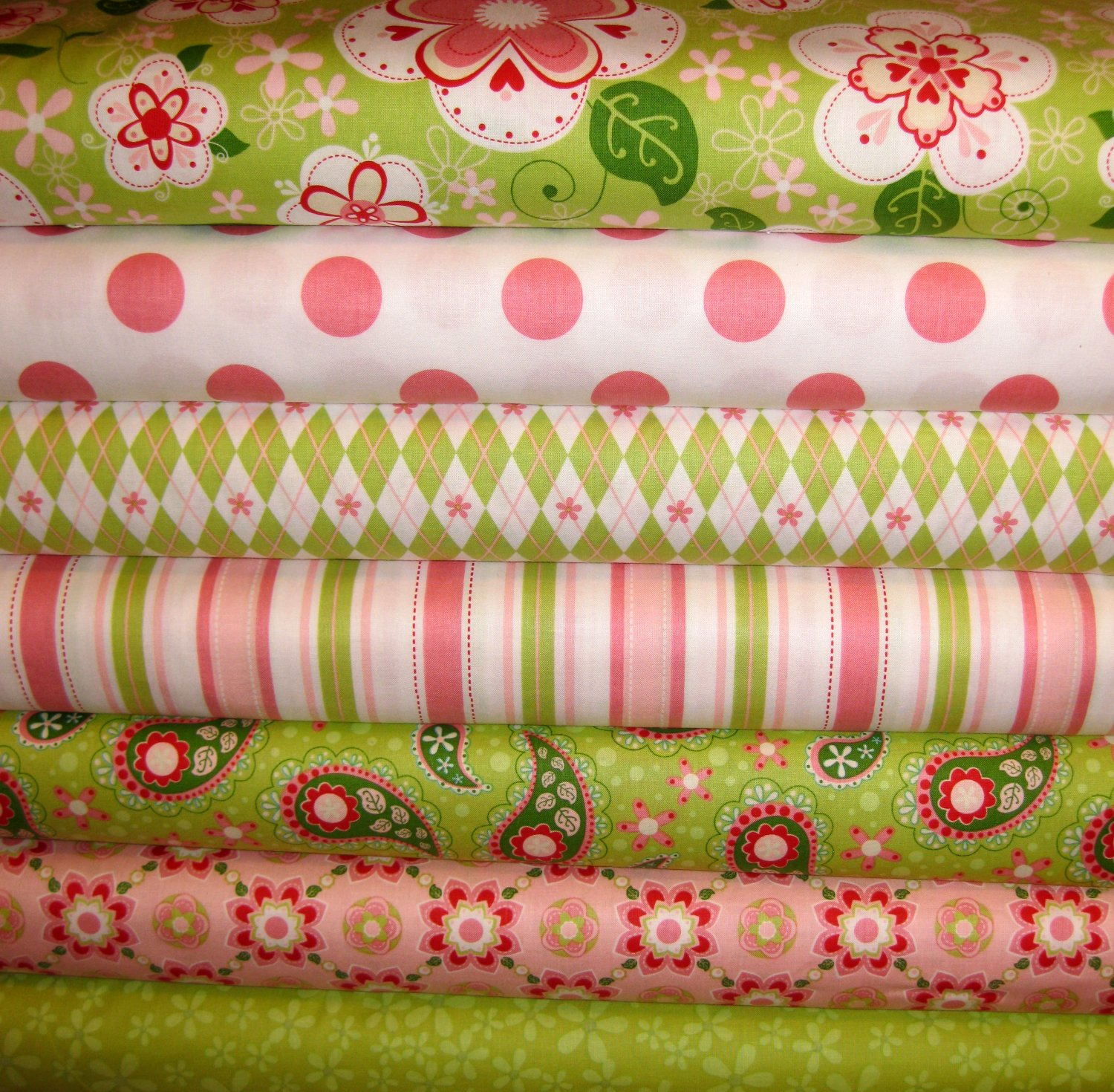 """Riley Blake ~ Sugar and Spice Rag Quilt Kit 84 6"""" Sqs  With Instructions"""