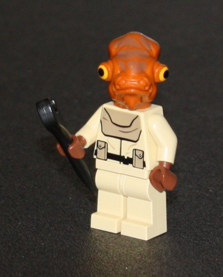 Lego Star Wars Mon Calamari Officer from set 7754