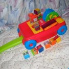 EUC Fisher Price 2 in 1 Wagon 13 Peek A Boo Blocks