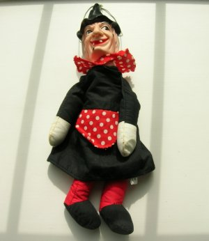 Knickerbocker winnie witch doll
