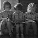 DOROTHEA LANGE PHOTO SCHOOL GIRL GREAT DEPRESSION VINTAGE HISTORIC OLD BOOK CUTE RETRO 30S