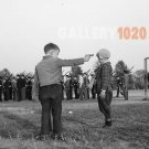 BOYS PLAYING WITH GUNS VINTAGE MILITARY PHOTO CADET 40S