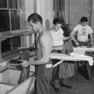 1943 SOLDIER PHOTO VINTAGE MEN SHOWER SHIRTLESS SEXY