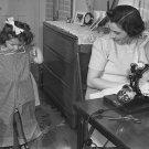 WWII PROPAGANDA PHOTO DRESS FASHION SEWING VINTAGE GIRL