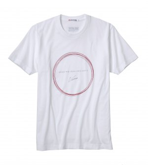 UNIQLO JAPAN RELIEF GQ VOGUE T Shirt Victoria Beckham