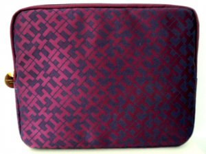 """Tommy Hilfiger Tech Zip case for Tablet, Notebook, Ipad, 10"""" laptop Burgundy/Navy"""