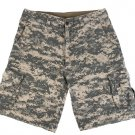 Marc by Marc Jacobs Mens Digital Print Tan Camouflage Shorts size Large