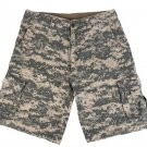 Marc by Marc Jacobs Mens Digital Print Tan Camouflage Shorts size small