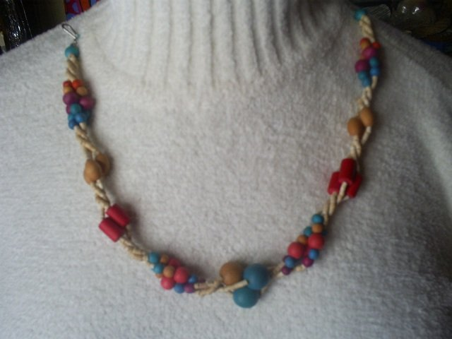Wooden Fashion Bead Necklace, 16""
