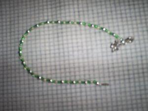 "Handcrafted Beaded  Bracelet,  Tibetan Silver Shamrock 7 1/2""   New"