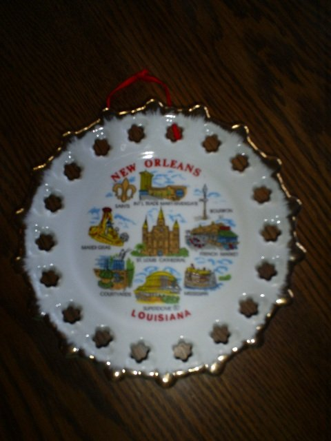 New Orleans, Louisiana Gold Rimmed Collector Plate