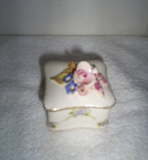 Vintage Ring Box, Trinket Box, Gold Edges/Porcelain Florals
