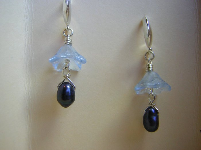 Vintage Blue Petals & Peacock Blue Pearls