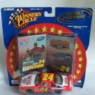 Jeff Gordon 24 2001 Double Platinum Collectible 1:43 Car and Cards