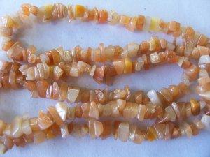 Vintage Butterscotch Agate Stone Chip Bead Necklace