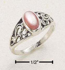 SR-40 : STERLING SILVER SMALL SCROLLED RING W/ OVAL PINK MUSSEL SIZES 5-8