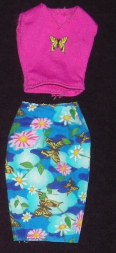 Barbie Outfit Skirt and Shirt (Barbie clothes, clothing, outfit, shorts, shirt)