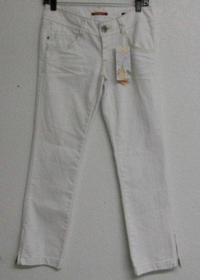 White Denim Jeans By Union Bay Sz Sm NWT