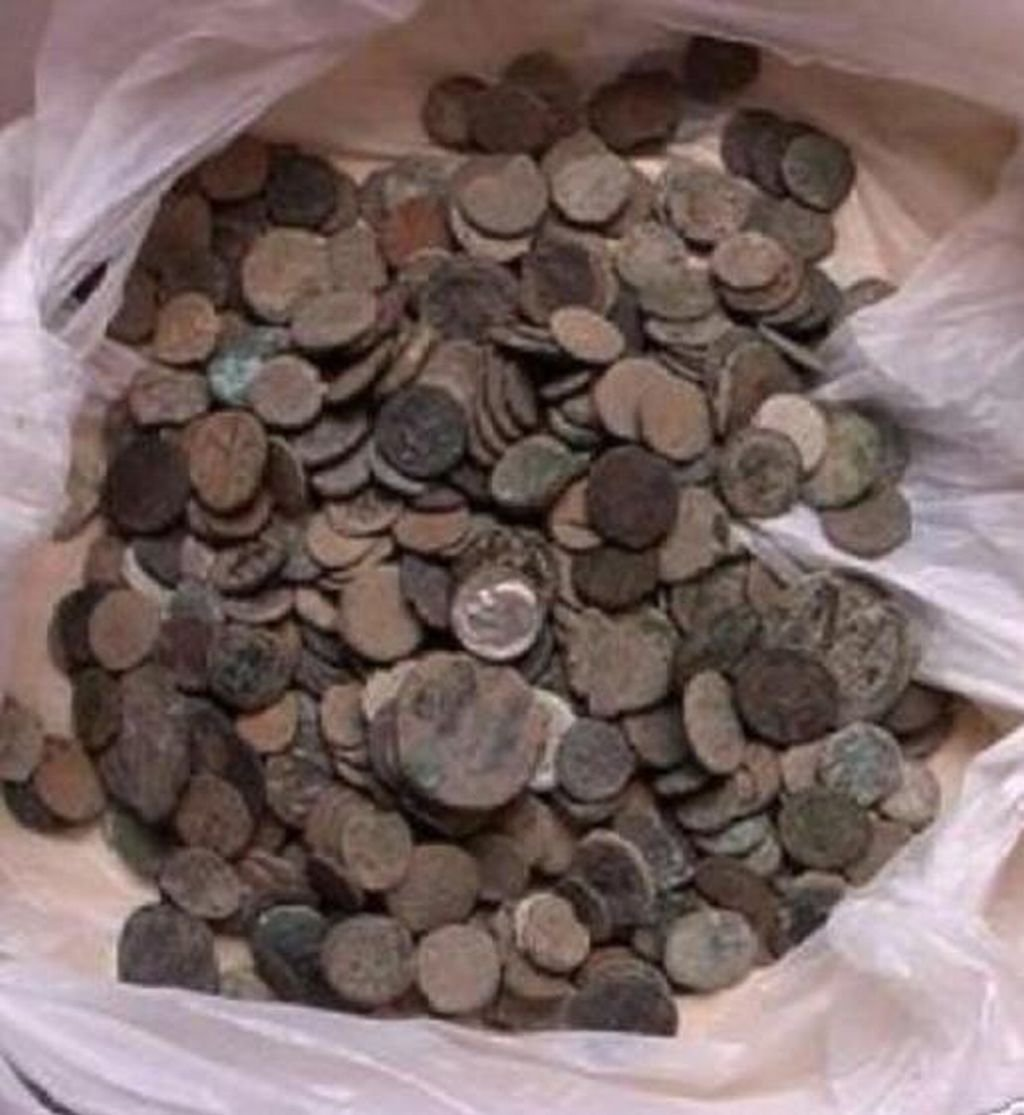 Uncleaned Roman coins 10 per buy !