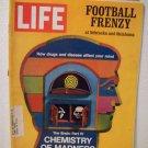 Life Magazine  Football Frenzy  November 26, 1971
