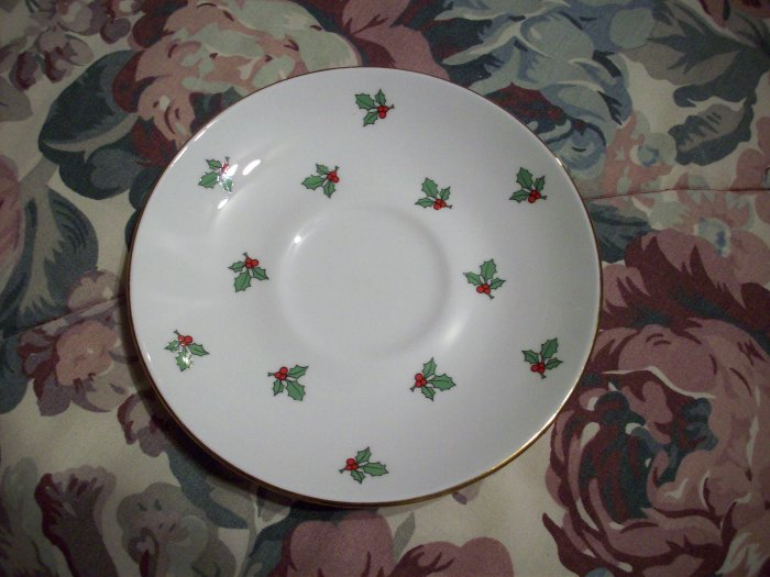 """5 3/4"""" Just Holly Saucer"""