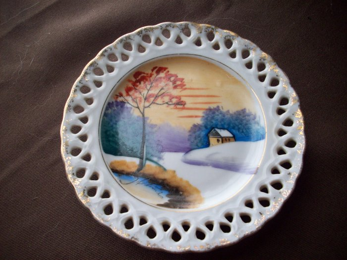 "5"" Vintage Hand Painted Japan Saucer"
