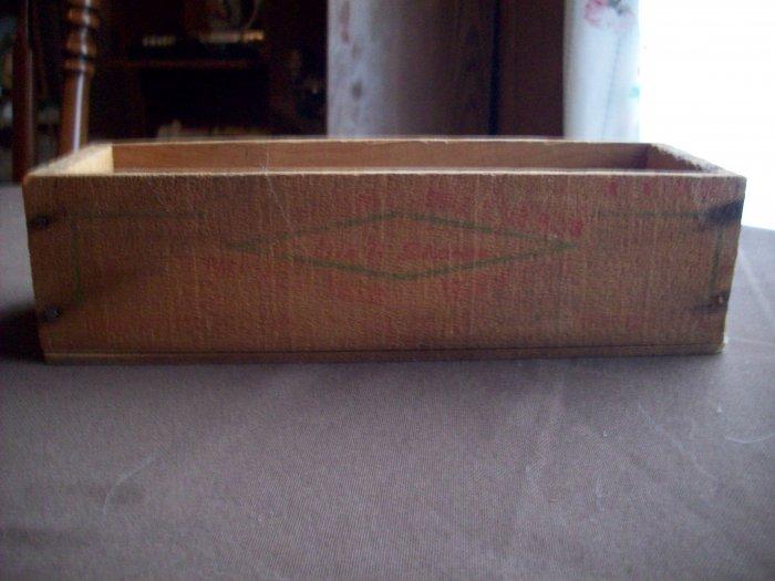 Vintage Wood Cheesebox    Diamond