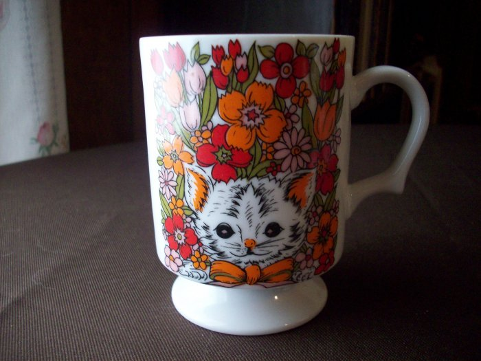 Vintage Porcelain Cup   Kitty in the Flowerbed