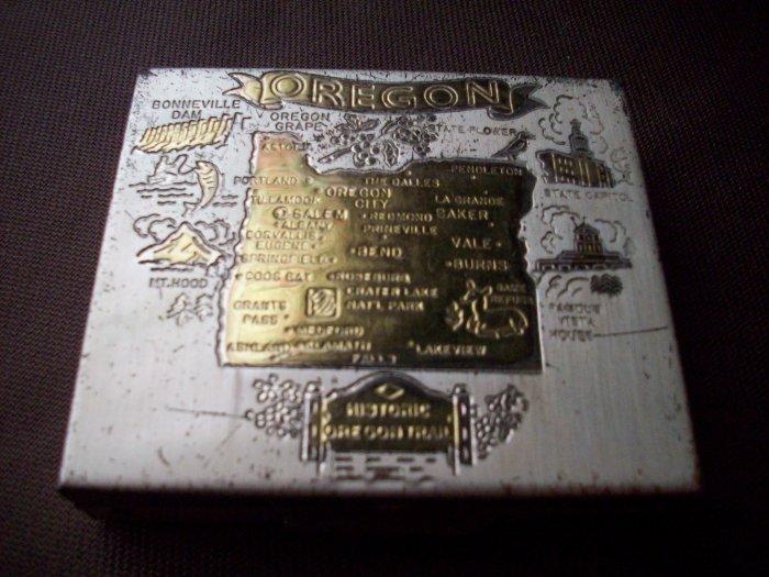 Oregon Vintage Tin Pocket Coin Holder