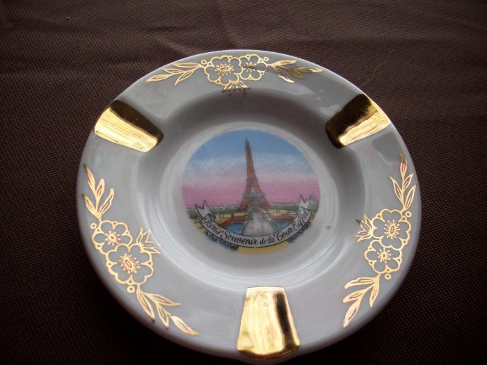 Vintage Limoges Porcelaine Eiffel Tower Ashtray