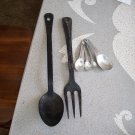 Kitchen Collectibles Vintage Aluminum Measuring Set and Hangable Large Spoon and Fork