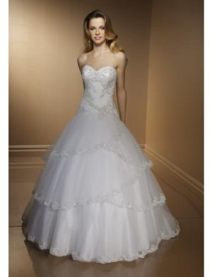 Ball Gown Sweetheart Chapel Train Satin wedding dress for brides 2010 style(WDE0125)