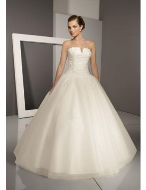 Ball Gown Strapless Floor Length Satin wedding dress for brides 2010 style(WDE0047)