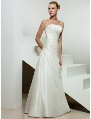 A-Line/Princess Strapless Chapel Train Satin wedding dress for brides 2010 Style(WDS0104)