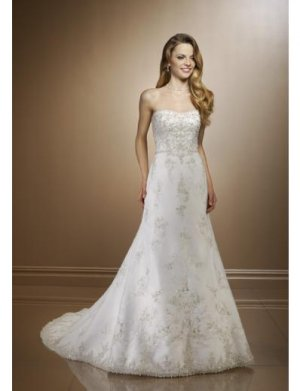 A-Line/Princess Strapless Chapel Train Satin wedding dress for brides 2010 style(WDE0123)