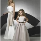 A-line Round-neck Floor Length Organza Flower girls Dress 2010 style(FGD0062)