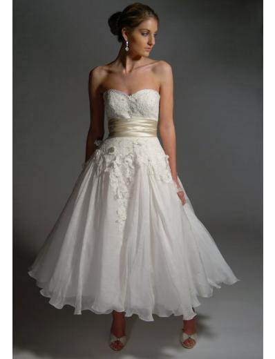 A-Line/Princess Strapless Tea-length organza wedding dress (BST0033)