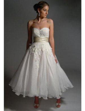 A-Line/Princess Strapless Tea-length organza wedding dress (BST0033)
