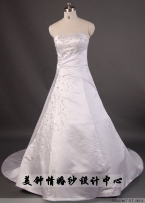 A-Line/Princess Strapless Chapel Train Satin wedding dress (LF0055)