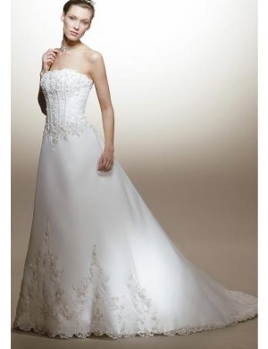 A-Line/Princess Strapless Chapel Train Organza wedding dress for brides new style(WDA1573)