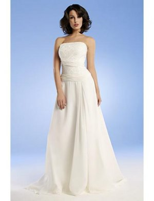 A-Line/Princess Strapless Chapel train Chiffon wedding dress for brides gowns new Style(WED0050)