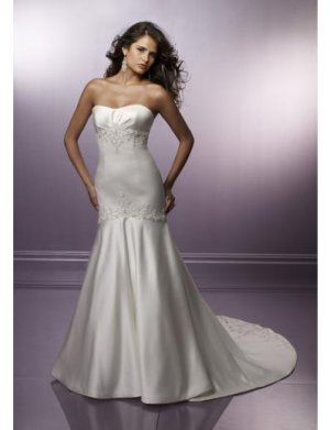 A-Line/Princess Strapless Chapel Train Satin wedding dress for brides gowns new Style(WD0280)