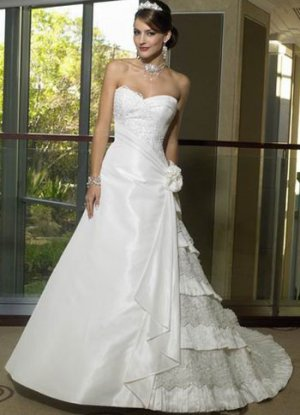 A-Line/Princess Strapless Chapel Train Taffeta wedding dress for brides 2010 Style(ML04)